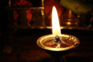 oil-lamp-390580_640