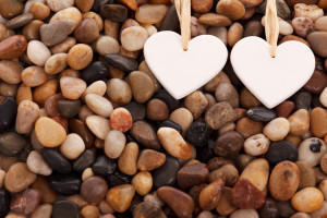 hearts-and-pebbles-871297440200x6z